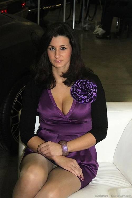 Фото под юбкой подглядывание под юбку